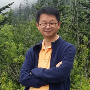 LIU Yingzheng (Professor at Shanghai Jiao Tong University)